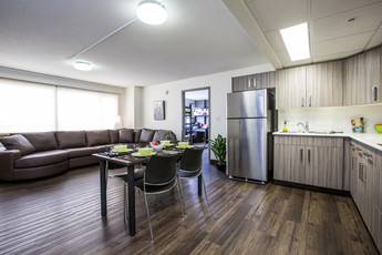 Stay in one of eight tower suites available at King's which include kitchenette and bathroom.