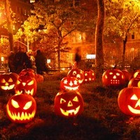 6 Ways To Have A Spook-Tacular Halloween This Year